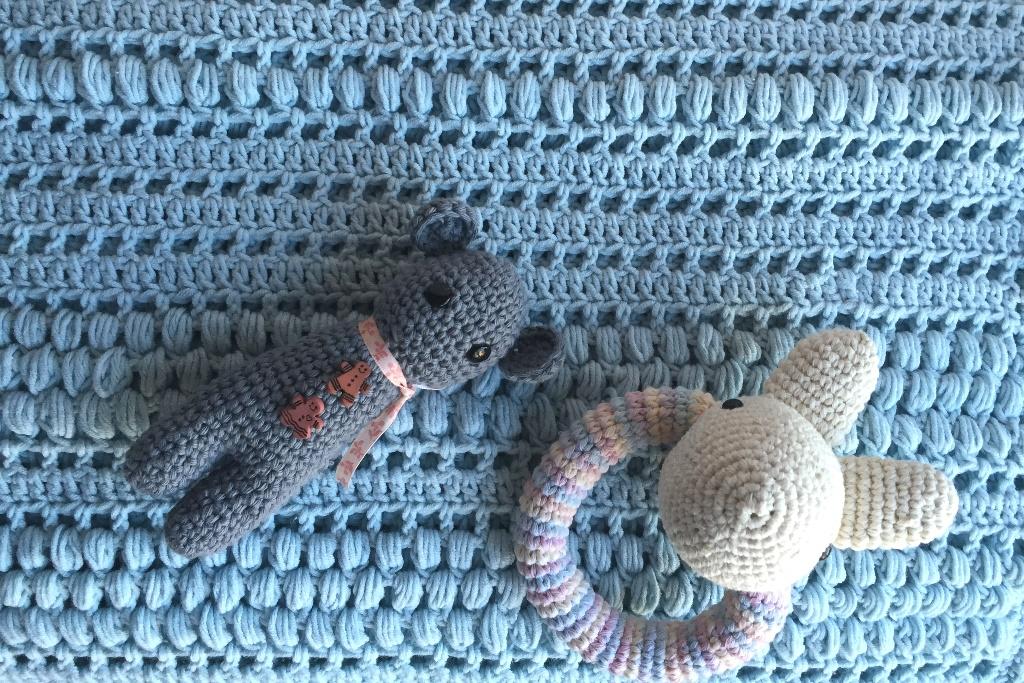 Patrones gratis de tejidos de bebé - Espacio Claudelina