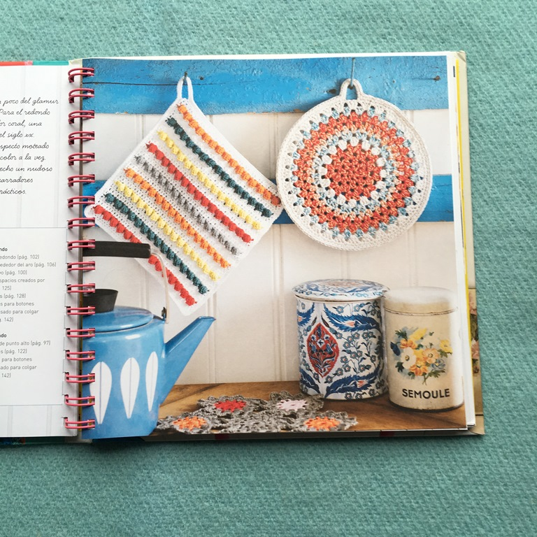 Libro de crochet Mollie Makes - Agarraderas